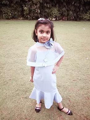 Meet the poser -Aashvi!